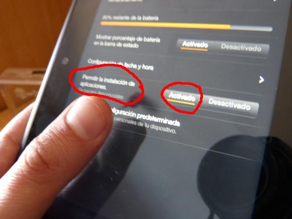 Debemos activar la opción de instalación de aplicaciones externas a la tienda de Amazon