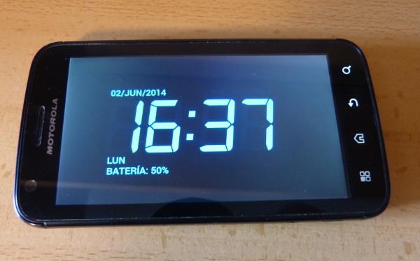 Y un primer plano del programa de despertador tal y como lo vemos mientras el terminal está encendido