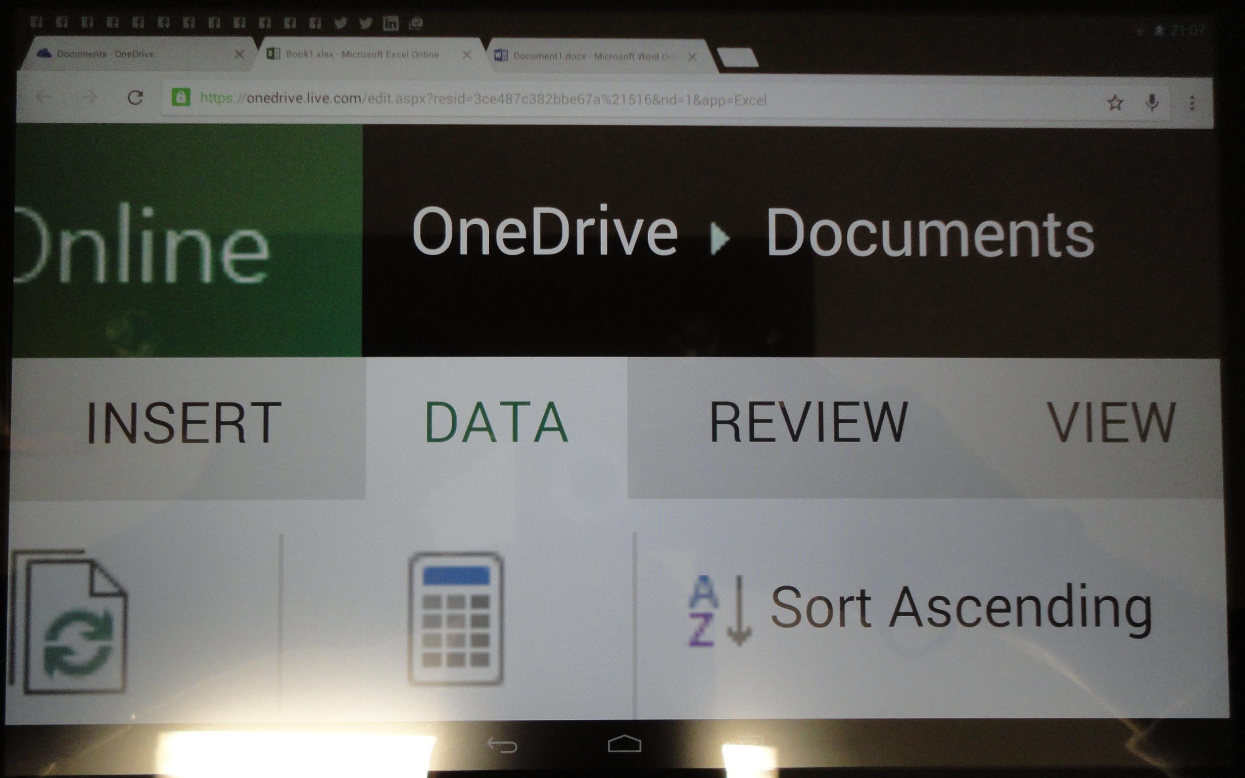 Microsoft Office Online. Piensa que la tableta es un teléfono.