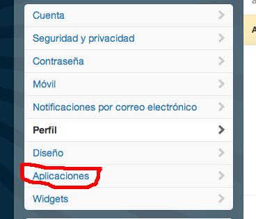 Menú en la parte izquierda de la interfaz de Twitter, en el que seleccionaremos la opción Aplicaciones